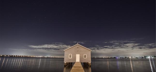 house-landing-stage-night-4146